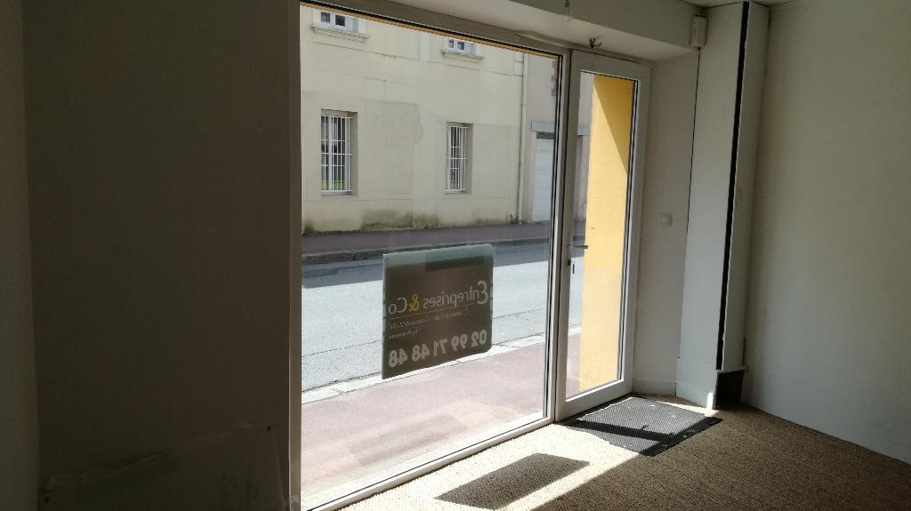 Local commercial Bain de Bretagne